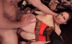 BDSM orgie
