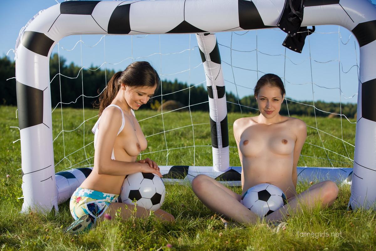 Voetbal tiener porno Ebony clit spuiten